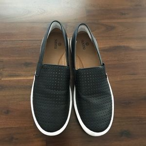 Blue leather flat, comfortable walking shoes